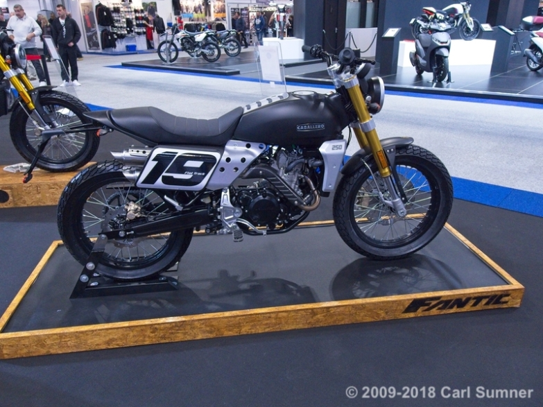 Motorcycle_Show_2018_1090603