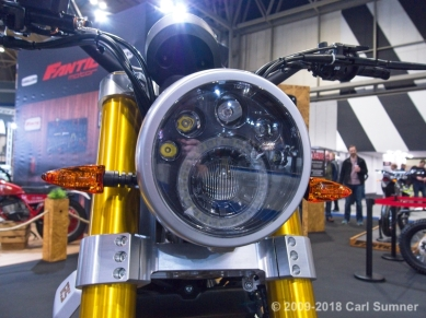 Motorcycle_Show_2018_1090605