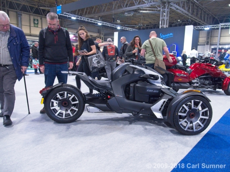 Motorcycle_Show_2018_1090668