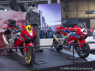 Motorcycle_Show_2018_1090674