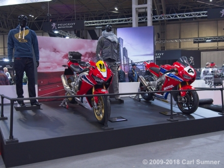 Motorcycle_Show_2018_1090675