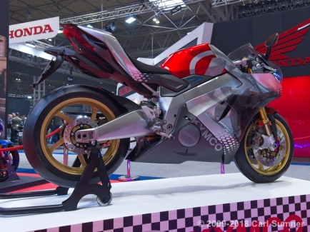 Motorcycle_Show_2018_1090684