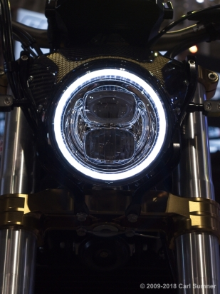Motorcycle_Show_2018_1090705
