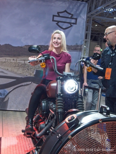 Motorcycle_Show_2018_1090787